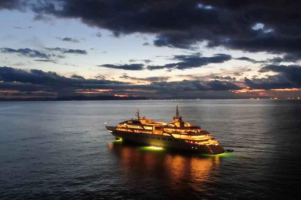Overnight Stay on a Yacht Dubai