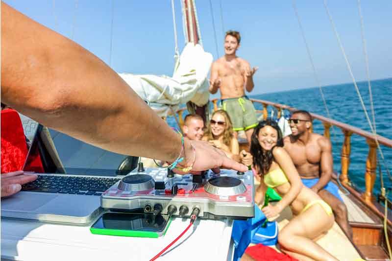 Corporate holiday on yacht Dubai