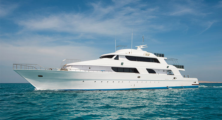 Booking of a Yacht Charter Dubai